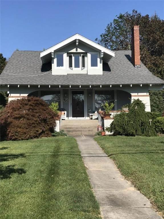 27 S Bay Avenue, Eastport, NY 11941 (MLS #H6078345) :: McAteer & Will Estates | Keller Williams Real Estate