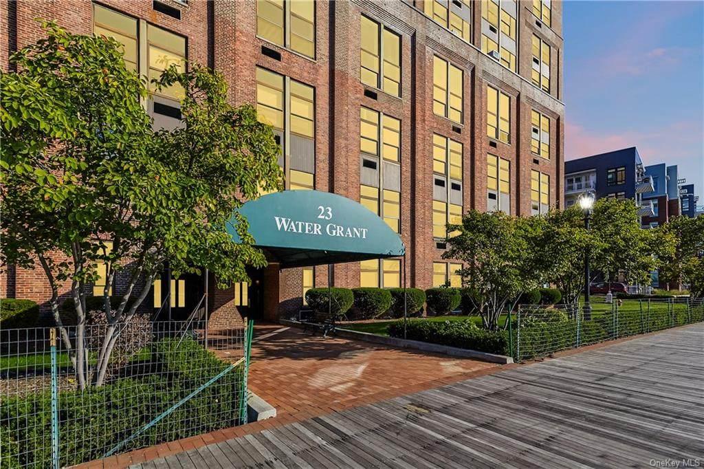 23 Water Grant Street - Photo 1