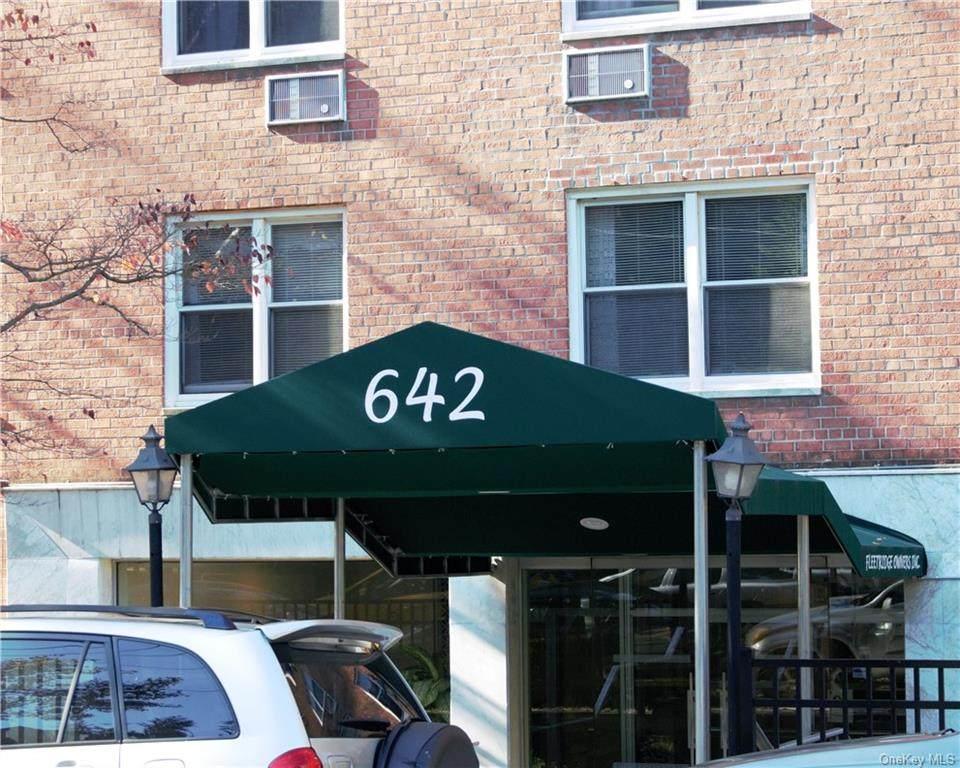 642 Locust Street - Photo 1
