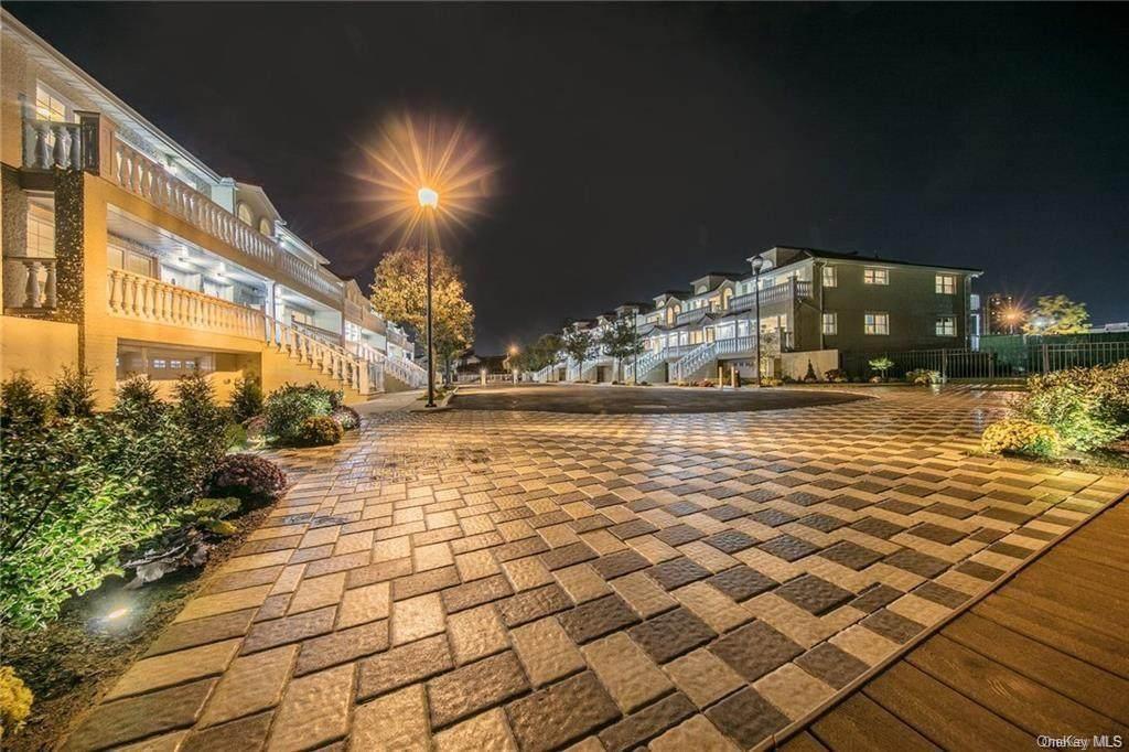 260 Zerega Avenue - Photo 1