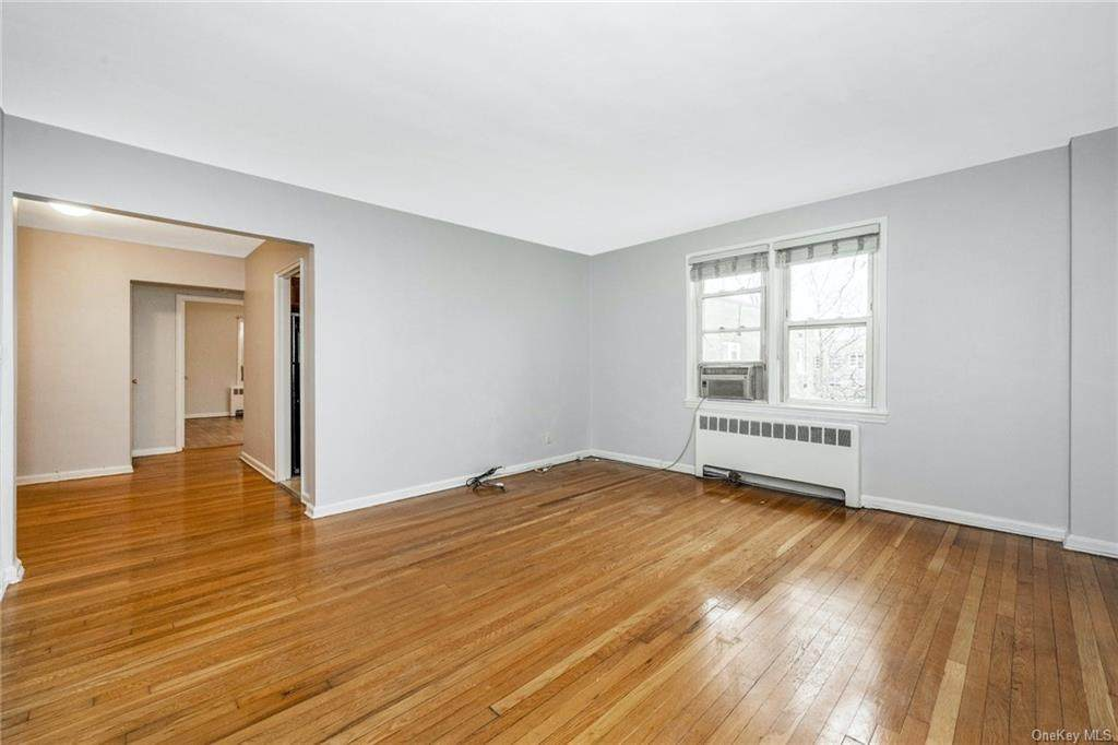 1537 Central Park Avenue - Photo 1