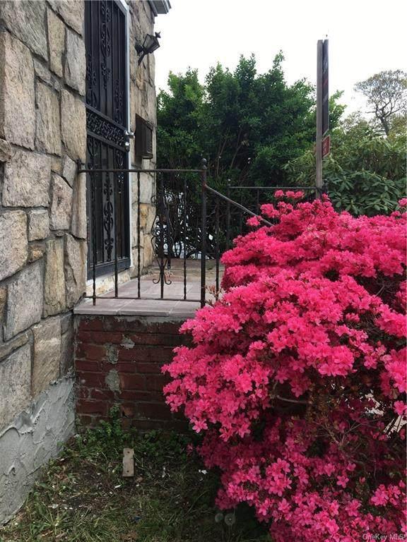 142 Pennsylvania Avenue, Roosevelt, NY 11575 (MLS #H6095182) :: McAteer & Will Estates   Keller Williams Real Estate
