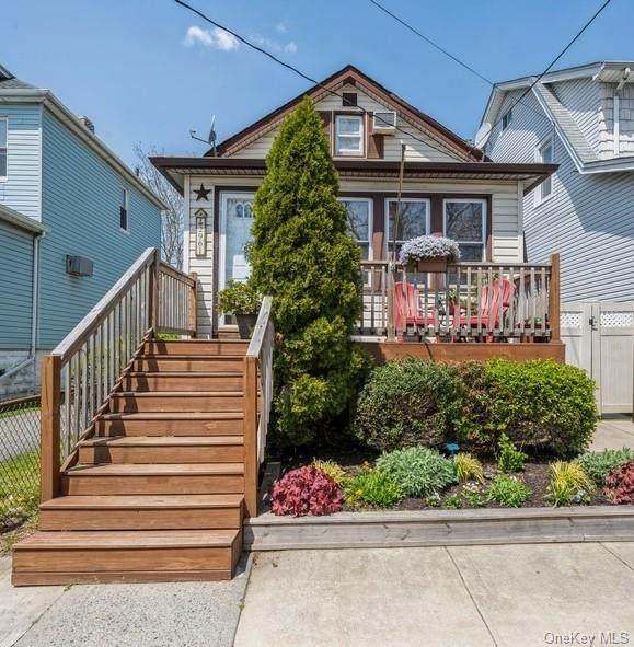2961 Philip Avenue - Photo 1