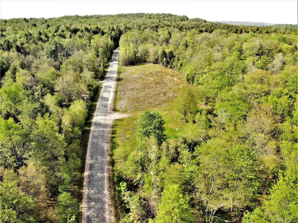 505 Breezy Hill Road - Photo 1