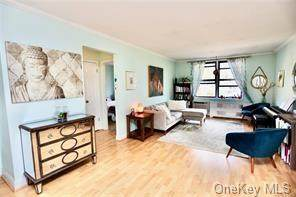 70 Barker Street #711, Mount Kisco, NY 10549 (MLS #H6120042) :: Shalini Schetty Team