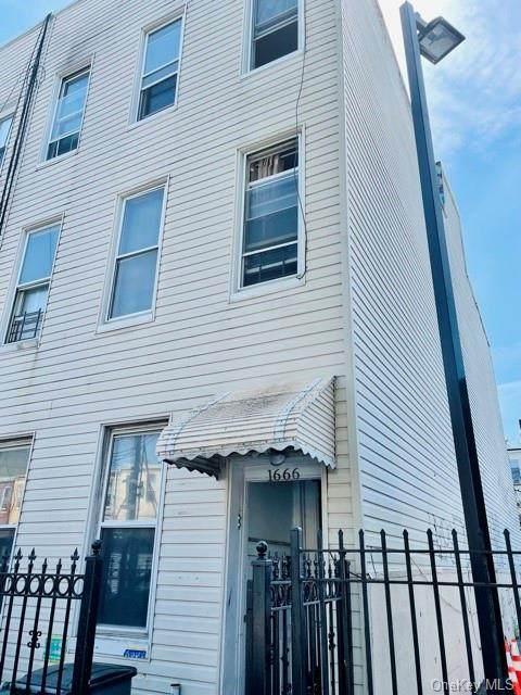 1666 Jefferson Avenue, Ridgewood, NY 11385 (MLS #H6126397) :: Cronin & Company Real Estate