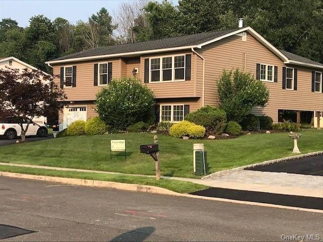 17 Sedge Road, Valley Cottage, NY 10989 (MLS #H6131276) :: Howard Hanna Rand Realty