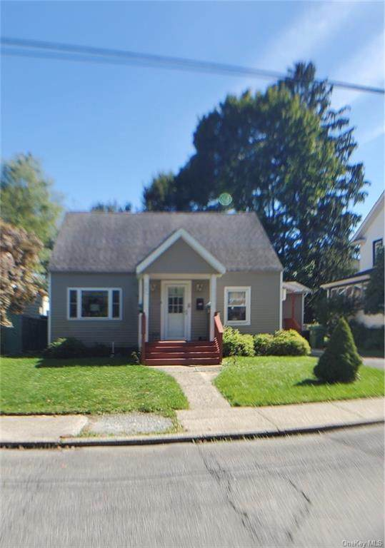 25 Maryland Avenue, Middletown, NY 10940 (MLS #H6144196) :: Carollo Real Estate