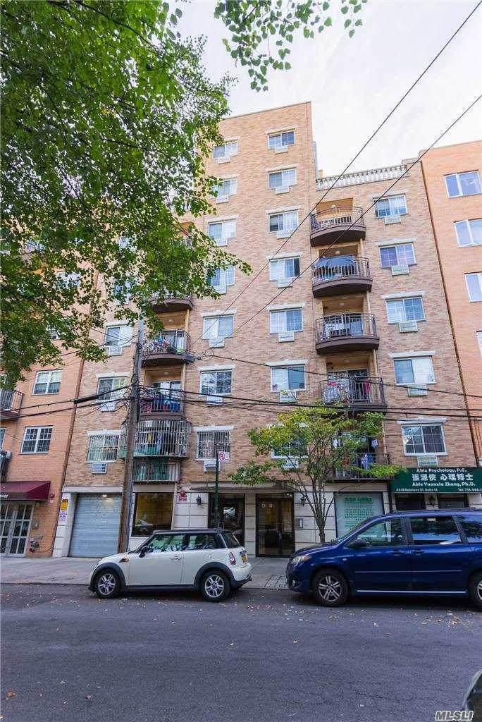 43-18 Robinson Street - Photo 1