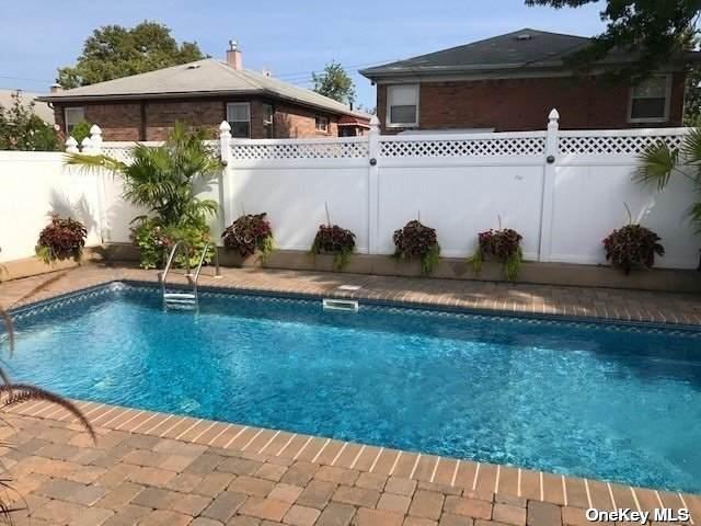 157-15 12th Avenue, Beechhurst, NY 11357 (MLS #3305412) :: Carollo Real Estate