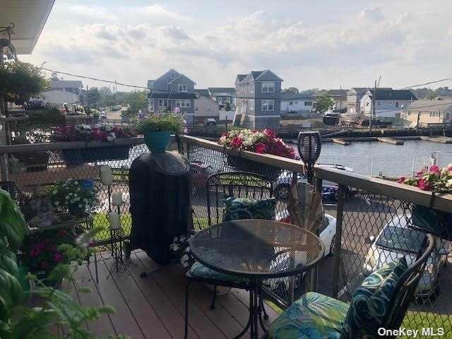 4 Rose Street 4-C2, Oceanside, NY 11572 (MLS #3330271) :: Howard Hanna Rand Realty
