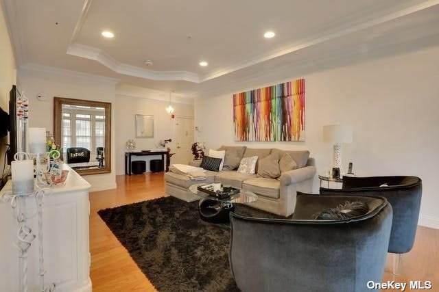 50 Shady Lane 38-201, Westbury, NY 11590 (MLS #3332496) :: Goldstar Premier Properties
