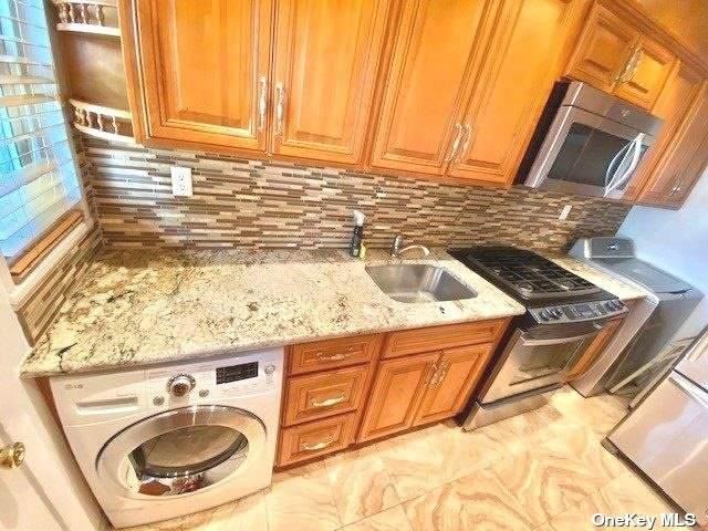 220-16 67 Avenue Duplex, Bayside, NY 11364 (MLS #3346413) :: Goldstar Premier Properties
