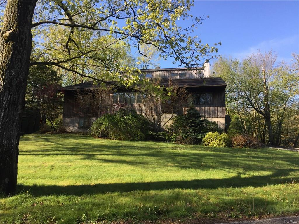 35 Lake Shore Road, Putnam Valley, NY 10579 (MLS #4632318) :: William Raveis Legends Realty Group