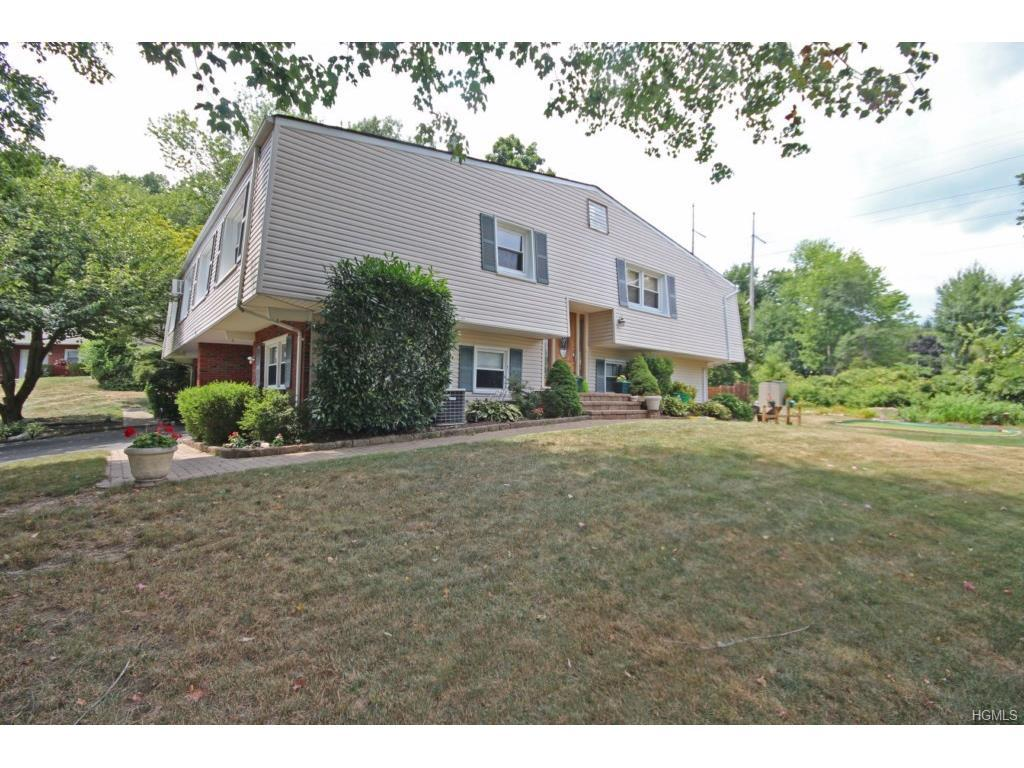 19 Vailshire Circle, Nanuet, NY 10954 (MLS #4633425) :: William Raveis Legends Realty Group