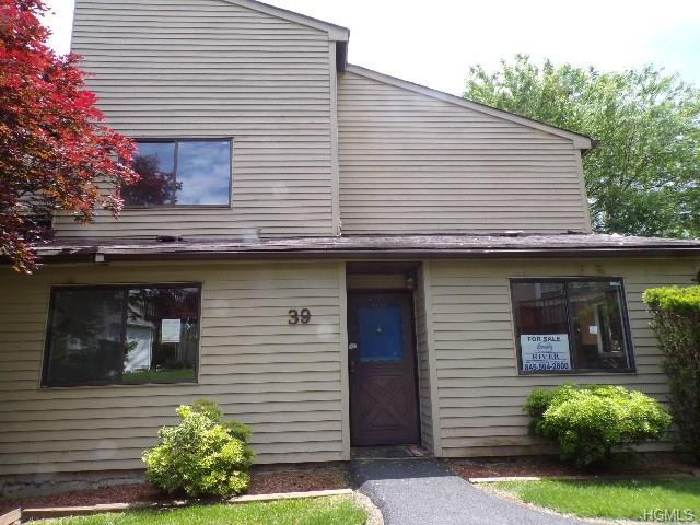 39 Sycamore Court, Highland Mills, NY 10930 (MLS #4810319) :: Mark Boyland Real Estate Team