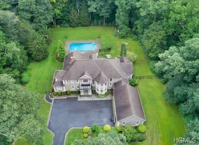 635 Cheese Spring Road, New Canaan, CT 06840 (MLS #4823394) :: Mark Boyland Real Estate Team