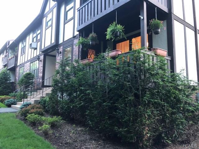 737 Sierra Vista Lane, Valley Cottage, NY 10989 (MLS #4825818) :: Mark Seiden Real Estate Team