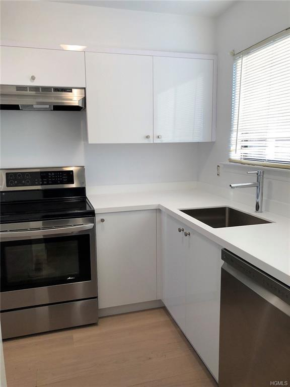 34 Poplar Lane, Middletown, NY 10941 (MLS #4854999) :: William Raveis Baer & McIntosh
