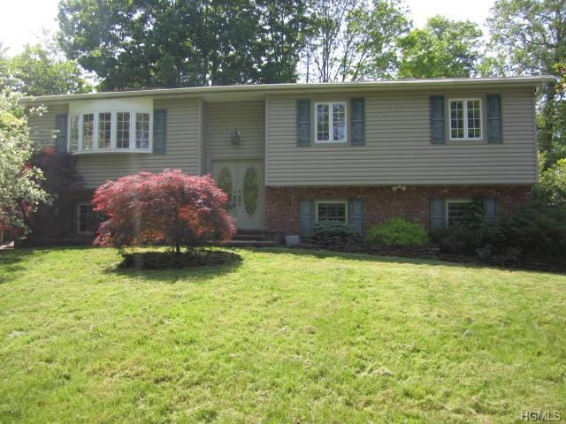 139 Highway Avenue, Congers, NY 10920 (MLS #4928880) :: Mark Boyland Real Estate Team