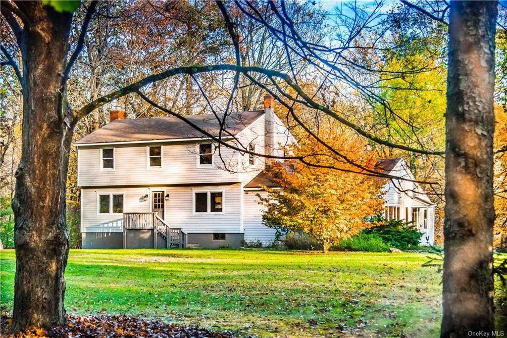163 Ridgefield Avenue - Photo 1