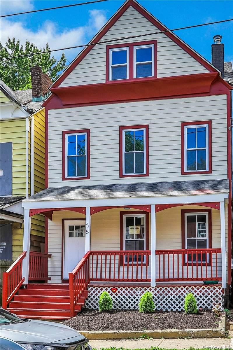 65 Carson Avenue - Photo 1