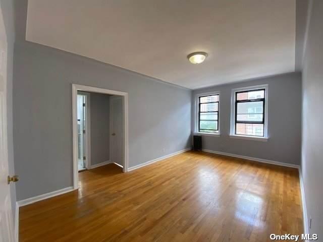 62-64 Saunders Street 4R, Rego Park, NY 11374 (MLS #3321444) :: Carollo Real Estate