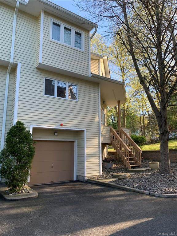 78 Village Green, Clarkstown, NY 10954 (MLS #H6036229) :: Kevin Kalyan Realty, Inc.