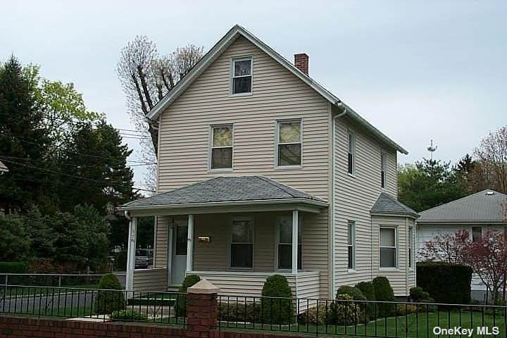 57 Forest Row - Photo 1