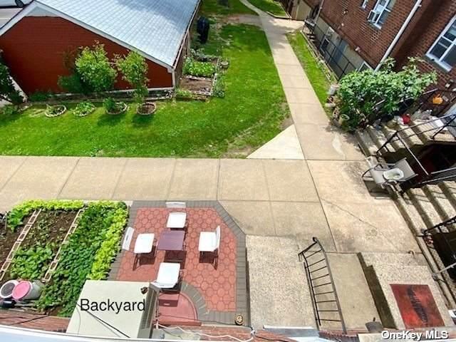 216-04 67 Avenue Duplex, Bayside, NY 11364 (MLS #3302647) :: Carollo Real Estate