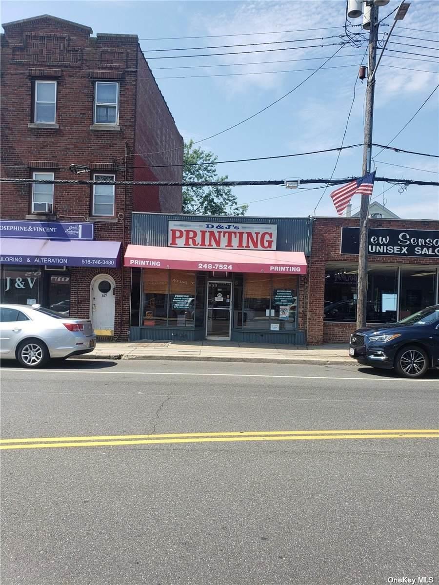 627 Willis Ave Avenue - Photo 1