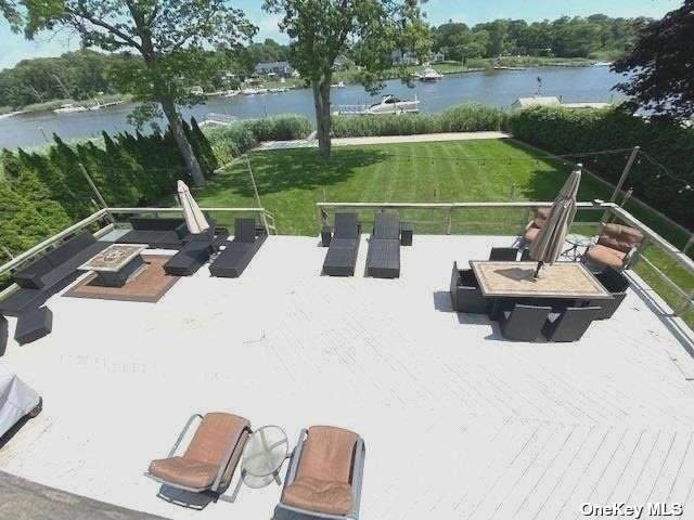 109 Hewitt, Center Moriches, NY 11934 (MLS #3328162) :: Cronin & Company Real Estate