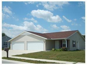 1041 Ridge Street, Wapakoneta, OH 45895 (MLS #427611) :: Superior PLUS Realtors