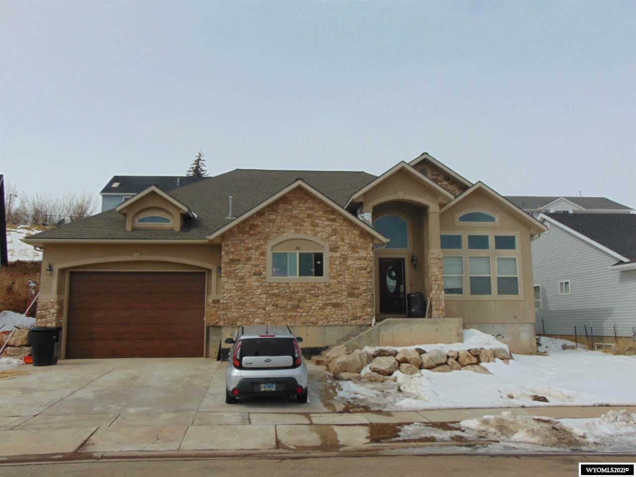 201 Wood Ridge Lane - Photo 1