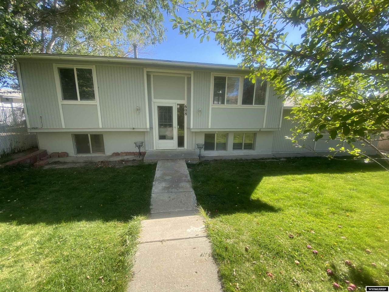 608 Central Street - Photo 1