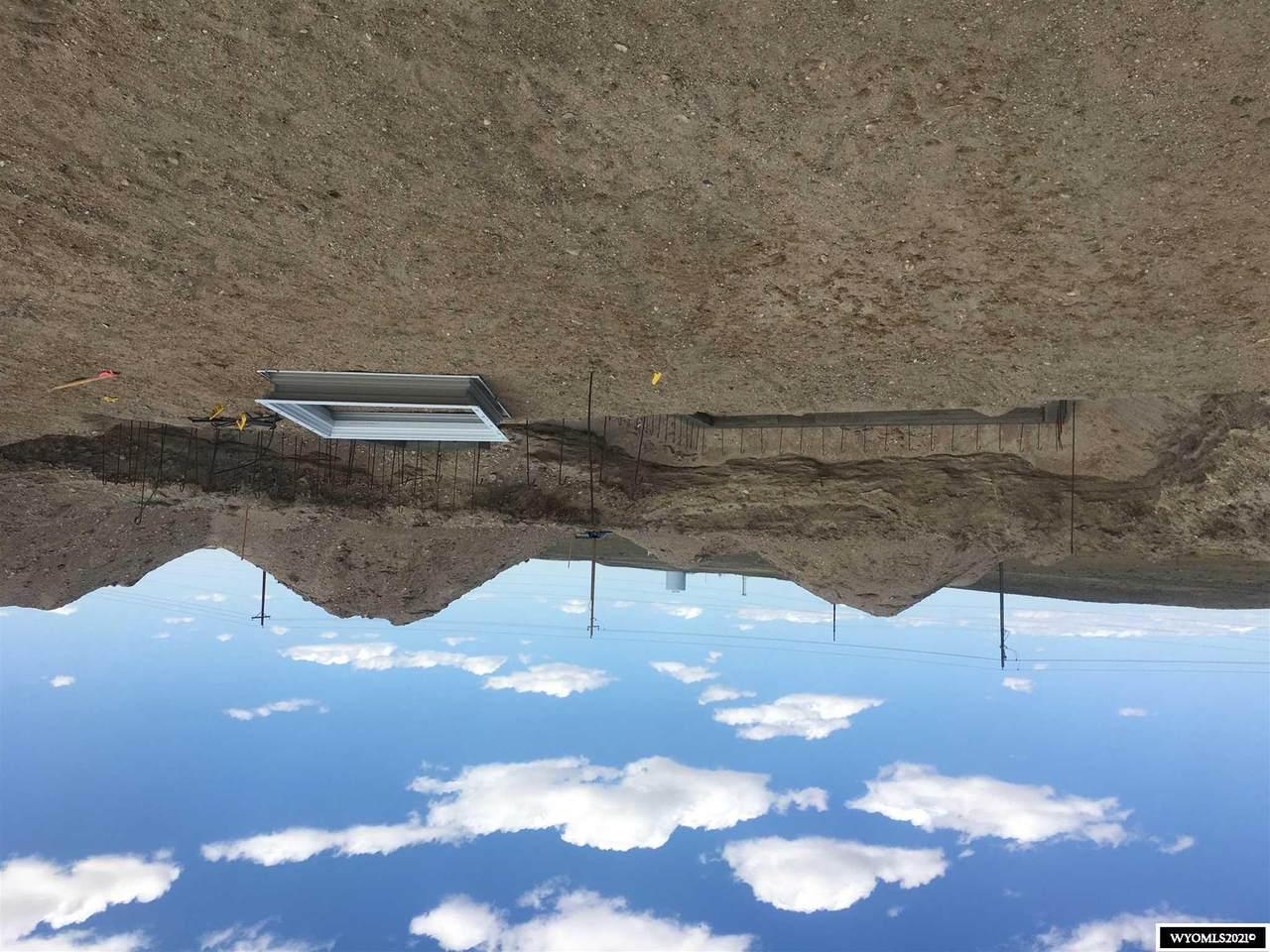 5886 Overlook Way - Photo 1