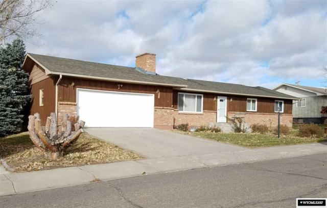 1246 Frontier Dr., Douglas, WY 82633 (MLS #20176637) :: RE/MAX The Group