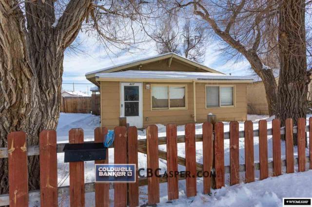 827 St. John, Casper, WY 82601 (MLS #20177106) :: Real Estate Leaders