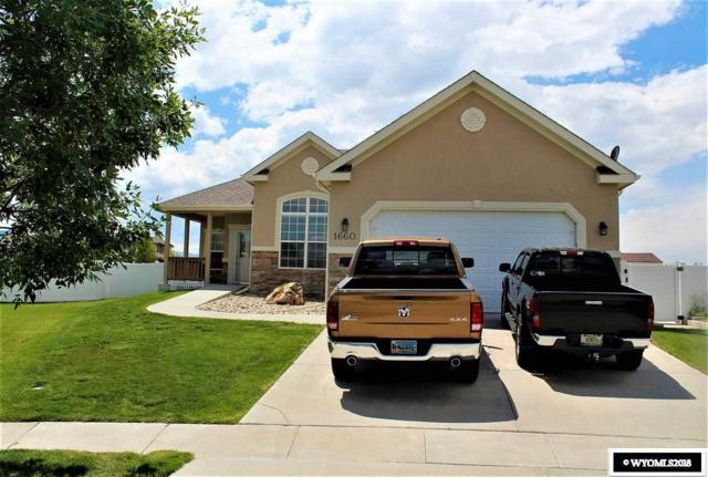 1660 Clifton Court, Casper, WY 82609 (MLS #20181903) :: Real Estate Leaders
