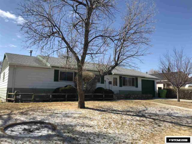 212 E State St., Rawlins, WY 82301 (MLS #20181912) :: Real Estate Leaders