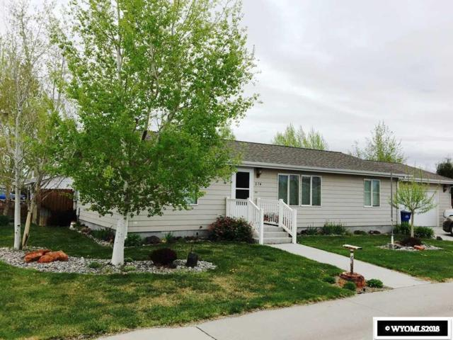 814 Cliff Avenue, Riverton, WY 82501 (MLS #20182855) :: RE/MAX The Group