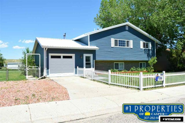 922 Keller Drive, Glenrock, WY 82637 (MLS #20183779) :: RE/MAX The Group