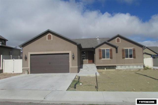 3401 Homestead Avenue, Rock Springs, WY 82901 (MLS #20185957) :: RE/MAX The Group