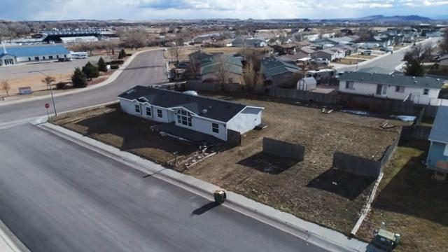 905 Carver, Douglas, WY 82633 (MLS #20190160) :: RE/MAX The Group