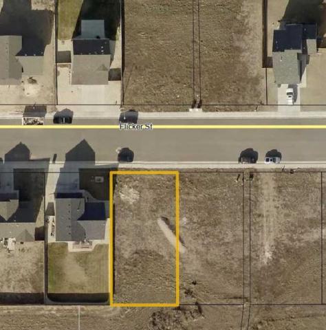 915 Flicker Street, Douglas, WY 82633 (MLS #20190279) :: Lisa Burridge & Associates Real Estate