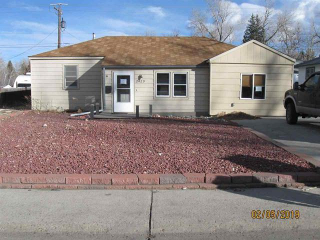 2429 S Coffman, Casper, WY 82604 (MLS #20190719) :: RE/MAX The Group