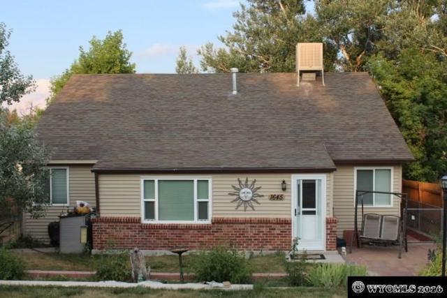 1645 S Jefferson, Casper, WY 82601 (MLS #20190742) :: RE/MAX The Group