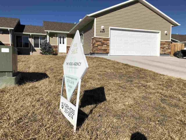 924 Beverly Street, Douglas, WY 82633 (MLS #20190795) :: Lisa Burridge & Associates Real Estate