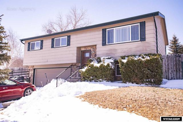 1001 Riverbend Drive, Douglas, WY 82633 (MLS #20191273) :: RE/MAX The Group