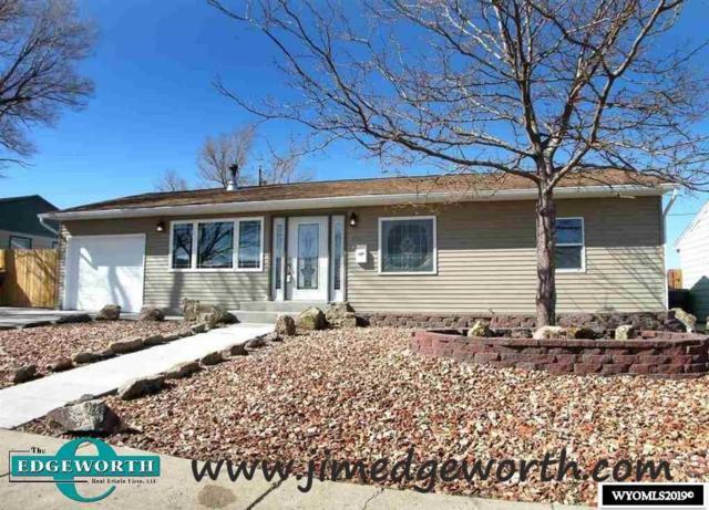 2902 Ridgecrest Drive, Casper, WY 82604 (MLS #20191308) :: Lisa Burridge & Associates Real Estate